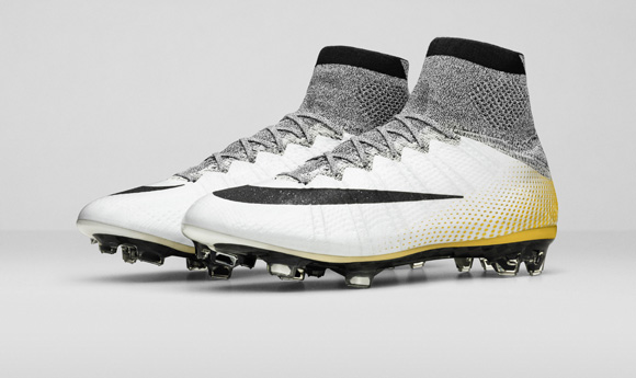 Nike_SP16_Superfly_CR7_gold_PAIR_view_06_V2_original