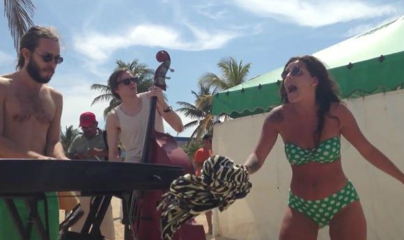 cleo-havana-beach-session-SL
