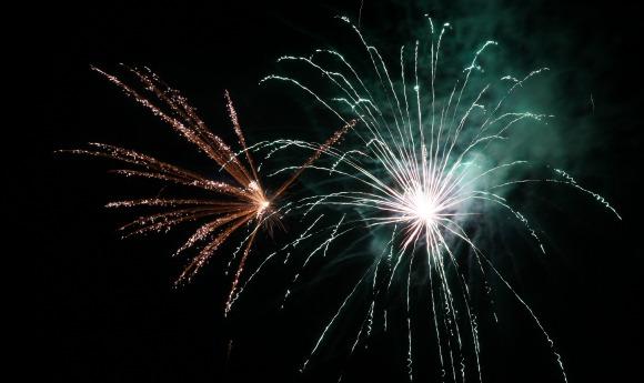 nyar-newyears-firework-LS
