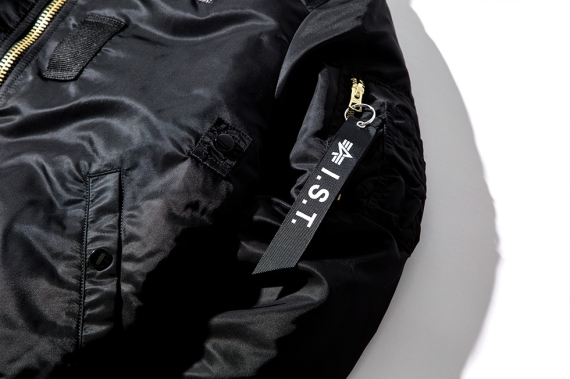 stussy-holiday-2014-ist-collection-09-570x379