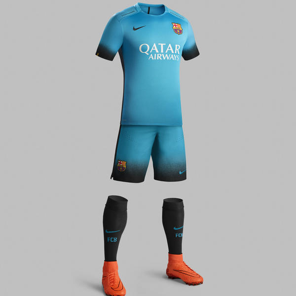Ho15_Club_Kits_3rd_Jersey_PR_Full_Body_Barcelona_R_square_600