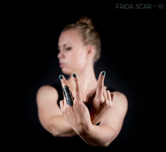 frida-scar-vi-S