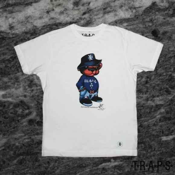 trapswear-1-S