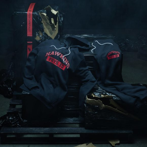 Nike-Stranger-Things-Hawkins-High-pack-2