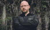 """Viktor Ax släpper albumet """"Epilepsi"""" med gäster som Abidaz, Ken Ring och Alex Ceesay"""