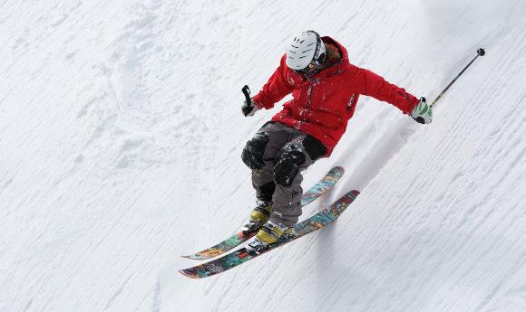 freerider-skiing-ski-sports-47356-pexels-LS