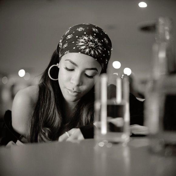 Aaliyah-Wikimedia-Commons-S