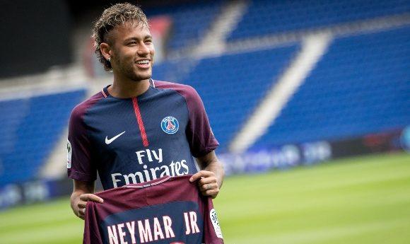 Neymar-Jr-Wikimedia-Commons-LS