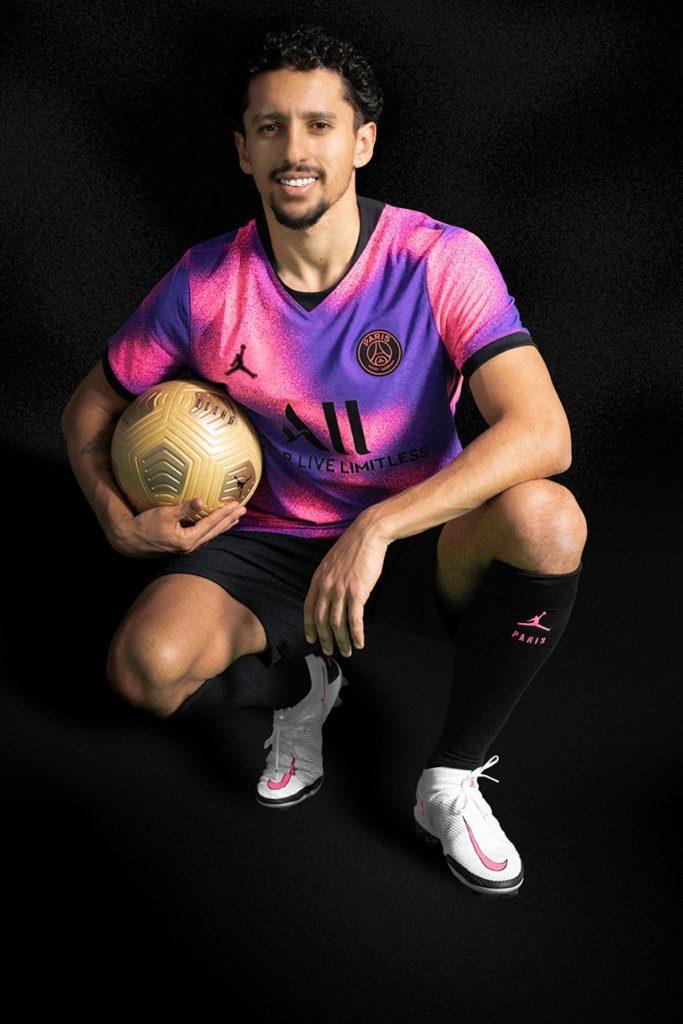 paris-saint-germain-jordan-brand-fourth-kit-hyper-pink-psychic-purple-details-12